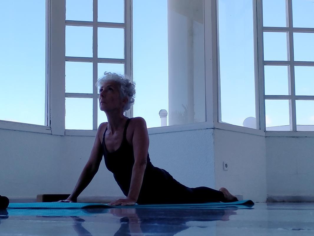 Yoga4freedom_Bhujangasana_PlayaParaiso-classes