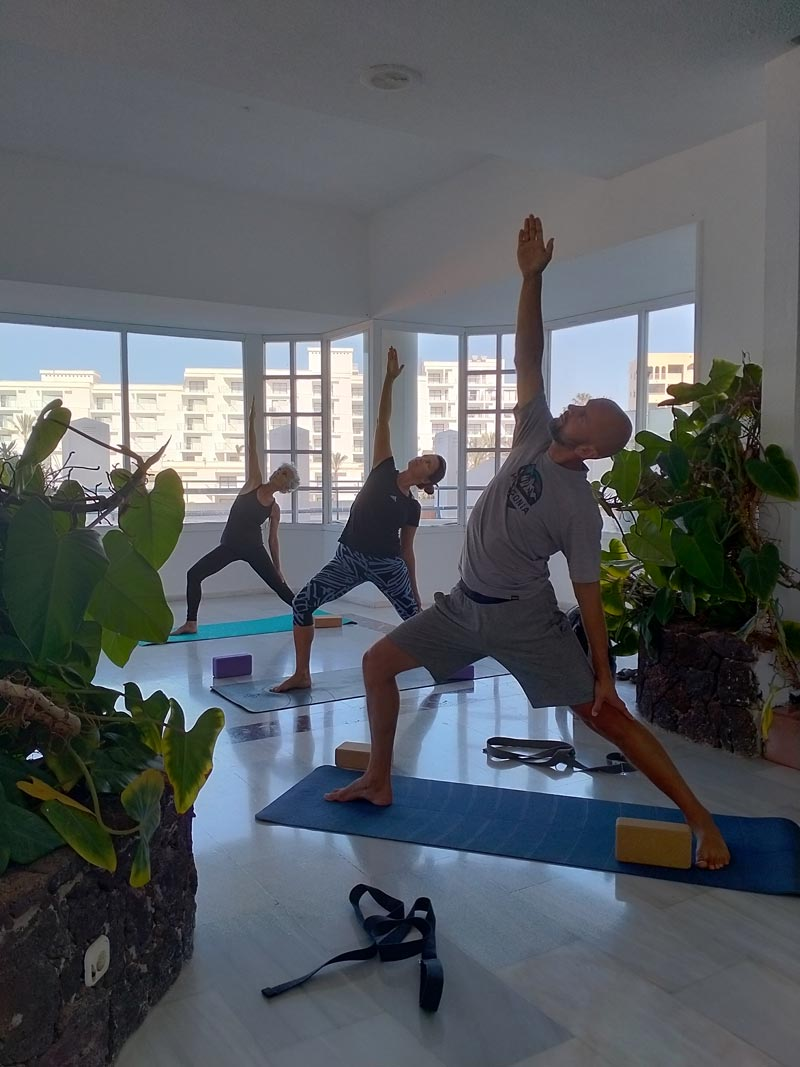Yoga4freedom_rivoltasana_PlayaParaiso-classes