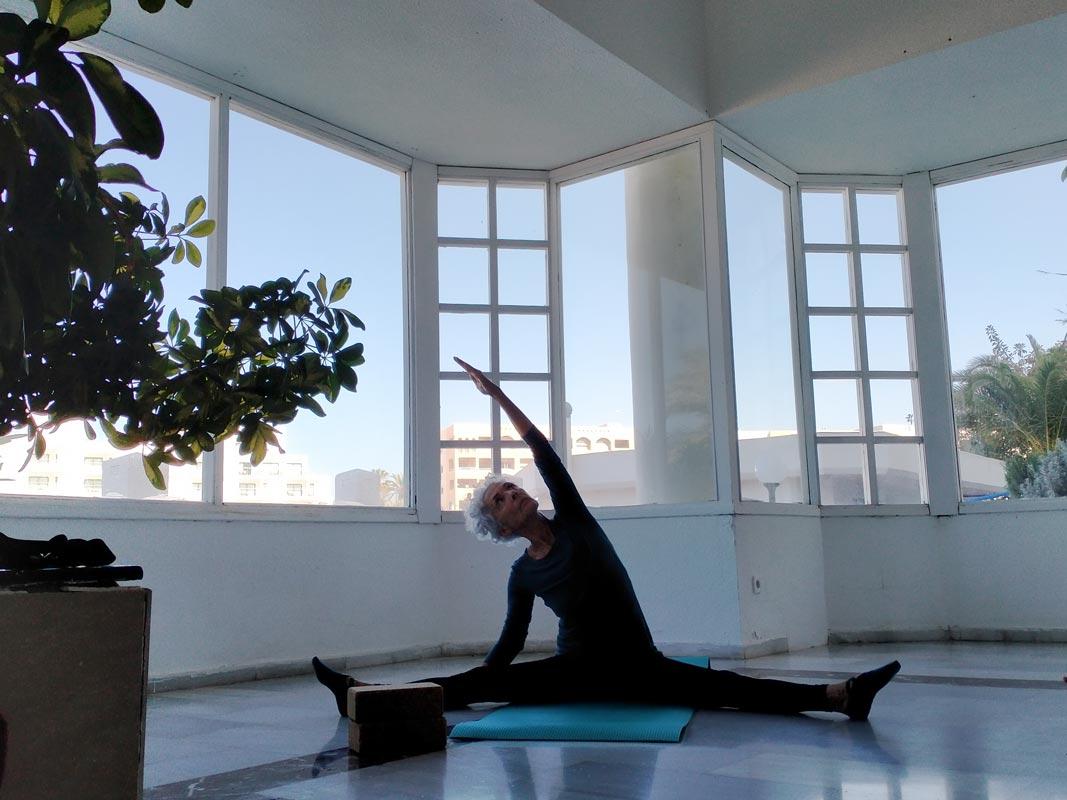 Yoga4freedom_upavistha-konasana_PlayaParaiso-classes