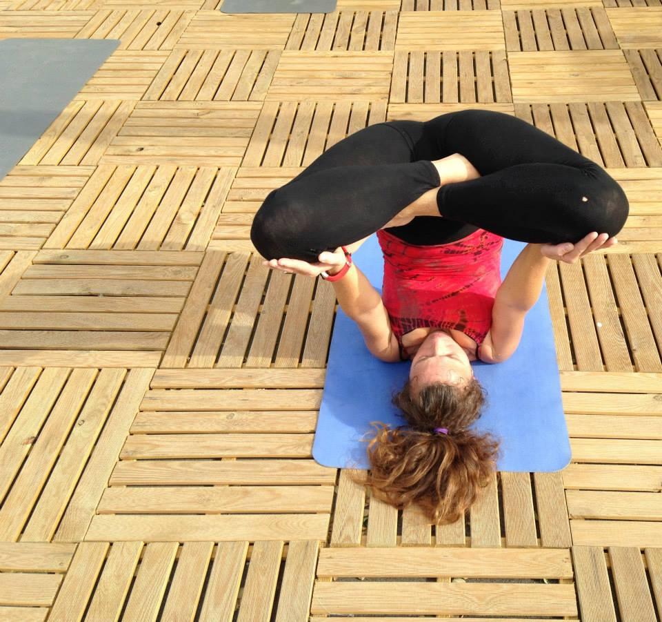 Yoga4freedom_Urdva-Padmasana-in-Sarvangasana